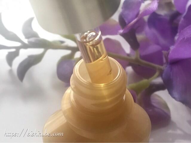 美容液の色